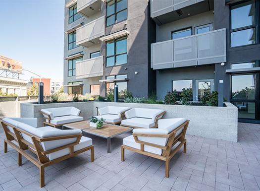 BellUptownDistrict_Courtyard