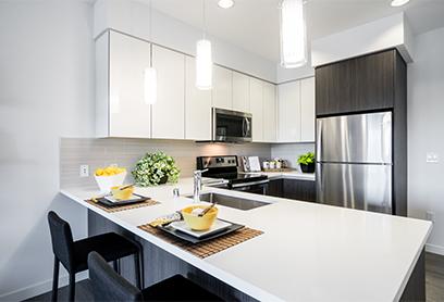 ellUptownDistrict_Kitchen